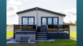 Lodge with hot tub, St Andrews