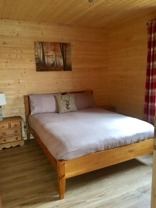 Cabin-Comfort-Lake View-Kingfisher