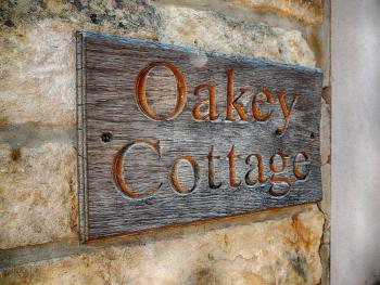 Cotswold Cottage Gems - Oakey Cottage - House Sign