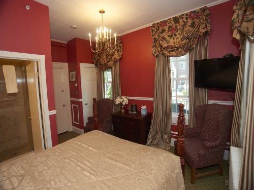 The Manor 112 Queen (no p-Double room-Ensuite-Standard - Base Rate