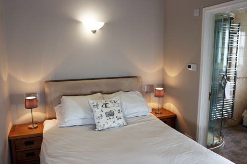 Double room-Deluxe-Ensuite - Room Only