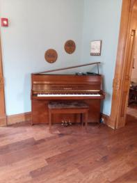 Player Piano at Inn Port