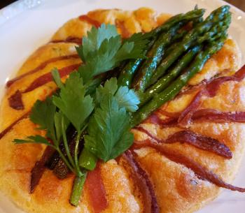 Personalized gourmet breakfast prepared à la minute