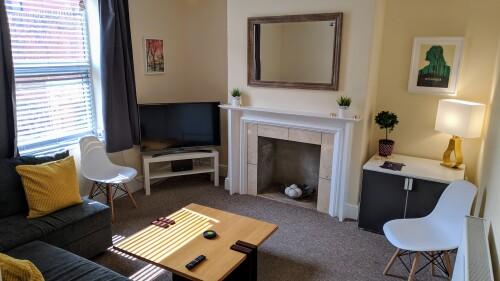 Lounge w/ Sofa Bed + Smart TV w/ Free Netflix, Amazon Prime, Youtube, iPlayer etc.