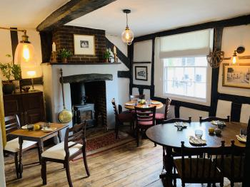 The Swan Inn - Dining room