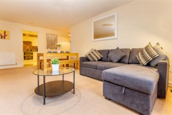 Hillbrook House Malvern - Guest Homes -