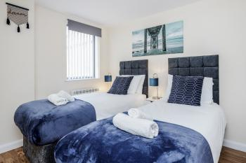 QF1 - Twin bedroom ideal for sharers