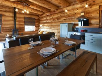 Dinning/Kitchen - Salix