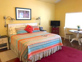 Quad room-Ensuite with Shower-Standard-Garden View-Mountain Laurel Room