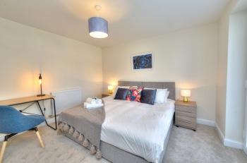 Executive Fairfields Apartment  - Bedroom 1