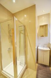 Twin Studio Shower & WC