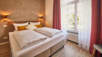 Doppelzimmer-Economy-Eigenes Badezimmer - Standardpreis