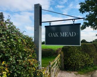 Oak Mead - Welcome to Oak Mead