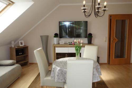 Ferienwohnung-Standard-Ensuite-Balkon-Dachgeschoss - Standardpreis