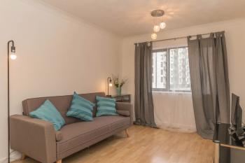 Shay's City Apartment @ The Mailbox -