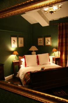 Brackenber superior four poster bedroom