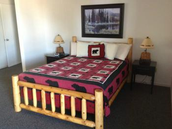 Queen Bed in Room 13A