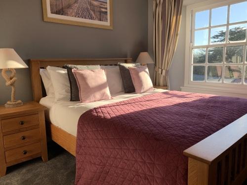 'Agnes' King room