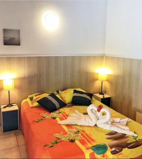 Studio-Confort-Douche-Vue sur Piscine-Graj**