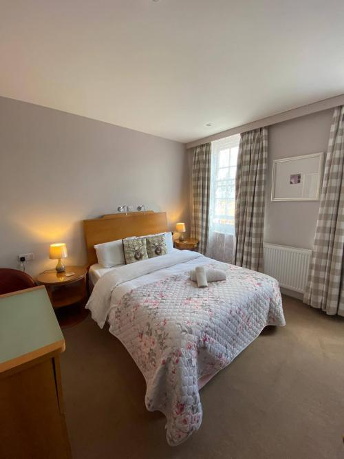 Deluxe-Double room-Ensuite with Bath