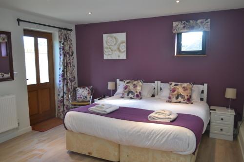 Twin room-Ensuite-Broadlands