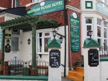 Aberthaw House Hotel - Entrance to hotel and restaurant