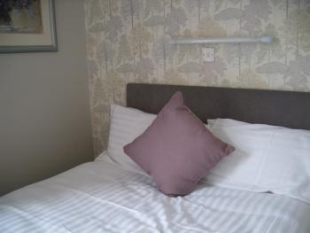 Double room-Standard-Ensuite with Shower-first floor
