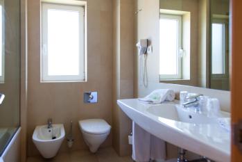 Hotel Miera baño
