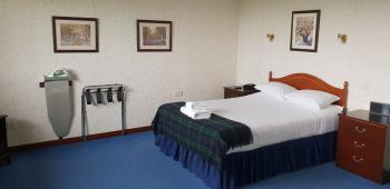 Double room-Ensuite with Bath - Fully Refundable - Breakfast Included