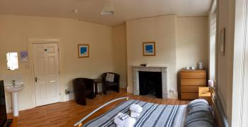 Dover Town Rooms -