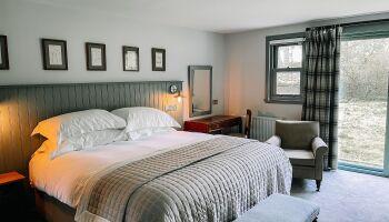 Ground-Floor Room (River House) - Master Bedroom