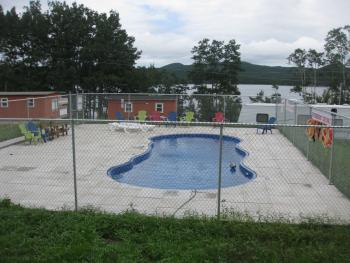 Traytown Cabins - Heated Pool