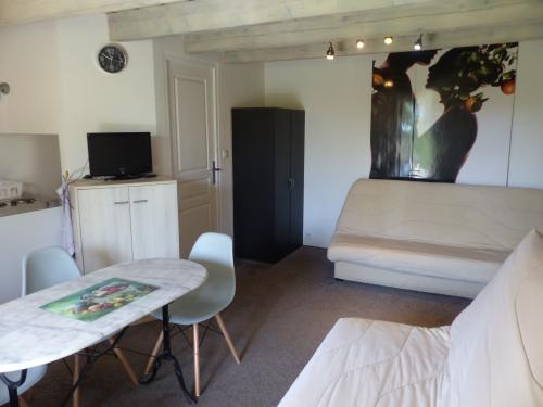 Appartement-Confort-Salle de bain privée séparée-Vue sur la campagne - Tarif de base