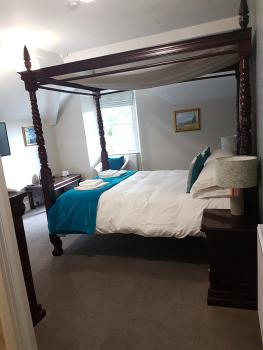 King-Ensuite-Four Poster Room