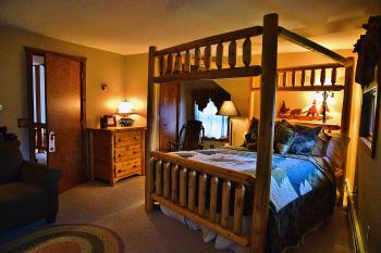 Whitetail Room 3