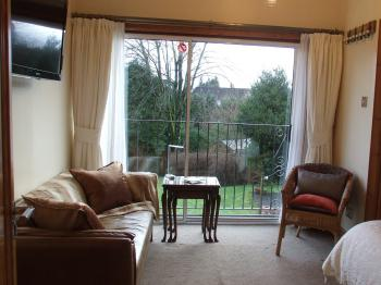 Double ensuite room with garden view
