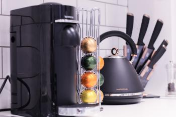Coffee Machine, Kettle and Knives