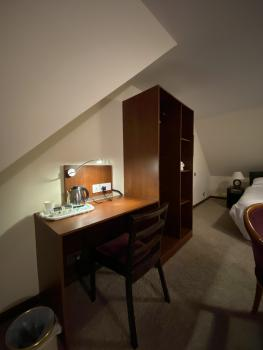 Clifton House Brighton - Room 4 Room View