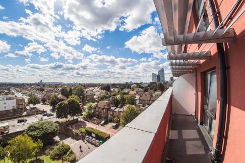 Apartment-Executive-Private Bathroom-City View-Superior Balcony