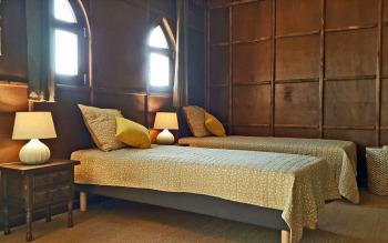 Installation des lits séparés dans le salon