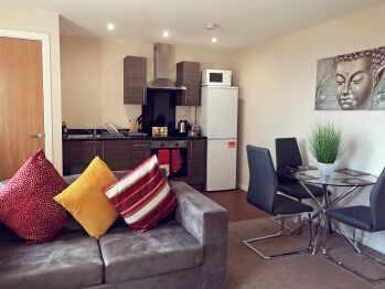 PR07-Executive-Apartment-Private Bathroom - Base Rate