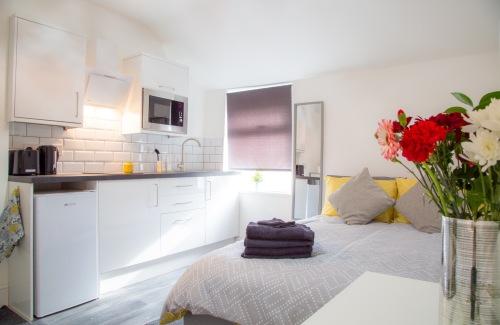Comfort-Studio-Separate-Private Bathroom