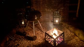 Fire pits and barbecues