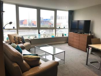 Harbour View Apartment City Centre - Living and Dinning Room