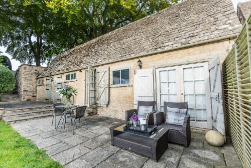 Barn-Luxury-Ensuite with Bath-Self Catered