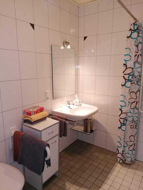 Einzelzimmer-Superior-barrierefreies Badezimmer-Gartenblick