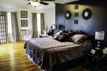 Double room-Ensuite-Standard-Cab Sav Suite - Double room-Ensuite-Standard-Cab Sav Suite