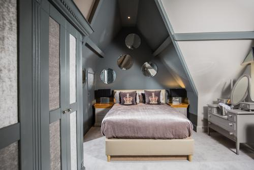 Double room-Premium-Ensuite with Shower-Magical Merlin - Base Rate