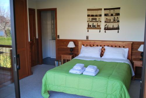 Habitacion Doble-Tradicional-Baño en la habitacion-Vista a la Montana - Tarifa Base