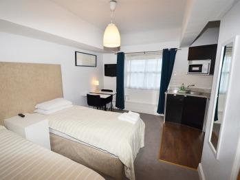 Amber Residence Hotel | Standard Double/Twin Studio